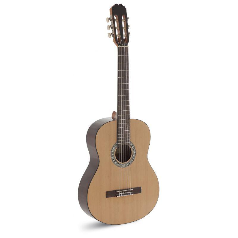 admira sara guitarra clasica - ADMI0210