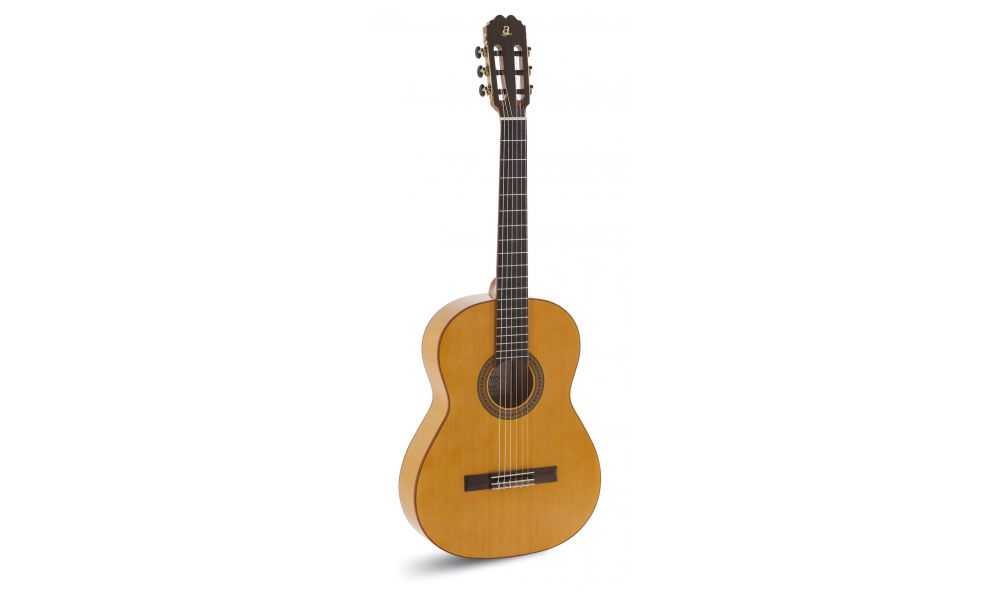 Oferta guitarra flamenca Admira TRIANA al mejor precio