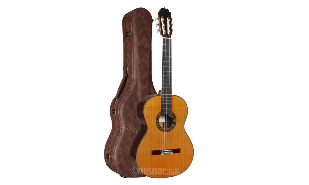 Alhambra Luthier India Montcabrer French Polish